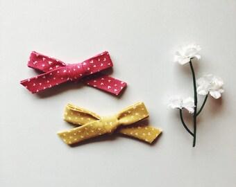 Dainty hearts bow/piggie set