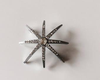 Fancy star brooch