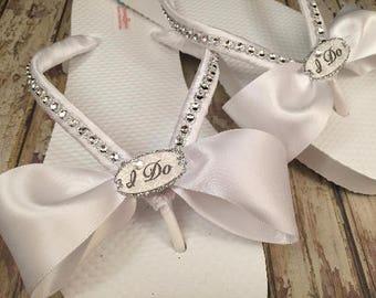 I Do Bridal Flip Flops, Custom Wedding Flip Flops, Bride Flip Flops, Bow Bridal Sandals, Dancing Shoes,  Beach Wedding Shoes, Bridal Shoes