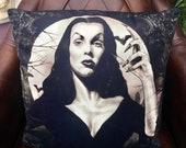 Vampira -  Manila Nurmi  ...
