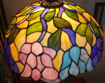 Tiffany style shade etsy vintage tiffany style stain glass 16 inch floral lampshade beautiful condition audiocablefo