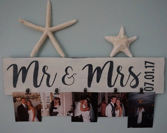 Mr & Mrs Sign, Wedding Sign, Personalized Mr and Mrs Sign, Personalized Wedding Sign, Wedding Gift, Wedding Frame, Wedding Date Sign