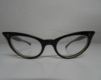 Universal Wildcat Pointy Cat Eye Eyeglasses Black & Gold