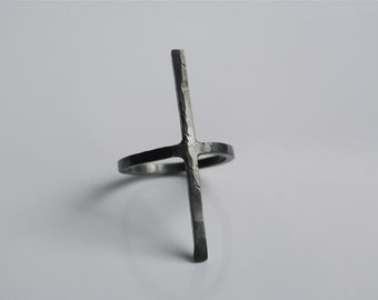 KUROSU Solid sterling silver hand-forged minimalist cross ring