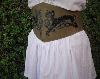 ceinture large cuir ; ceinture lacée ; serre taille ; serre taille cuir ; ceinture corset