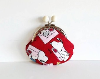 Snoopy Coin Purse, Red Snoopy Fabric, Kiss lock Coin Purse, Mother's Day Gift