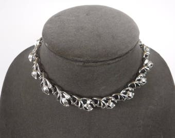 Vintage Lisner Silver Tone Choker Necklace