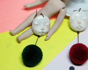 Clay dollface Earrings / unique accessory/handprint/weirds/mixed art/janpanesedoll/blood style/babyface /harajuku/kawaii