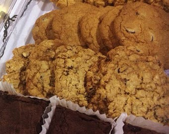 Assorted cookies -  box of 12