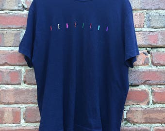 Vintage United Colors of Benetton Classic Navy Blue T-Shirt Mens Size Small