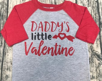 Love Valentines Day Shirt, Toddler Valentines Shirt, Babys first Valentines Day outfit, Baseball tee, Valentine Top, Girls Valentines, Love