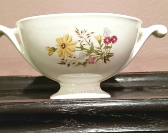Vintage Footed Bowl/Gravy Boat with Handles. Yellow Daisy Floral design.