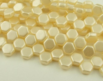 30x Czech Honeycomb Beads 6mm Hexagonal 2 Hole Pastel Cream