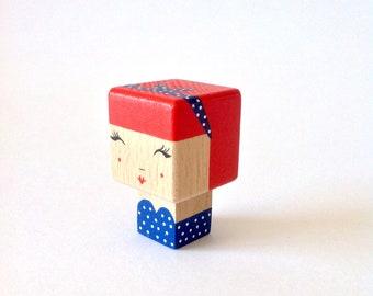 "Magnet  figurine cubique ""Pin-up robe bustier + bandeau"""