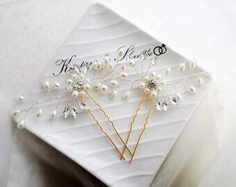 Set of two ,Wedding hair pins, Pearl hair pins, Bridal hair pins, Flower hair pins, Gold hair pins, Floral hair pins