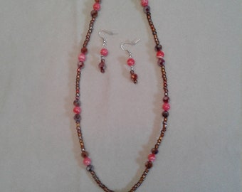 salmon pink shell Flower necklace