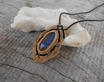 Handmade Natural Labradorite Macrame Pendant / Metal Free