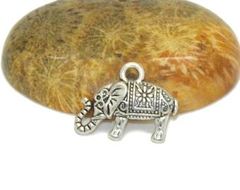 10 elephant charms 15x10mm silver Bohemian