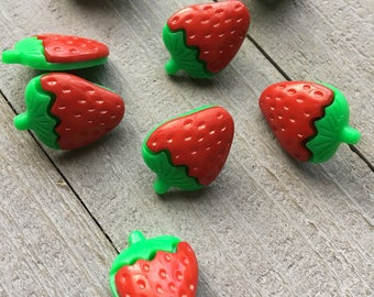 Buttons (B111) 10 Red Strawberry Plastic Shank 21x15mm Buttons for Sewing Crochet Knitting Crafting Scrapbooks