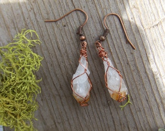 golden citrine crystal point earrings in pure copper, raw citrine earrings, raw crystal earrings, orange crystal earrings,natural crystals