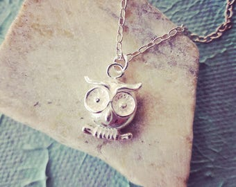 Gorgeous Ox Silver Owl Necklace