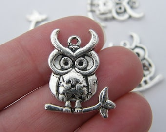 6 Owl pendants antique silver tone B304