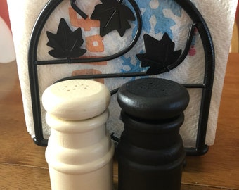 Wooden salt and pepper shakers black and cream kitchen dining room table
