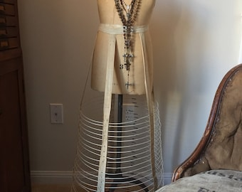 wedding dress skirt hoop  1901