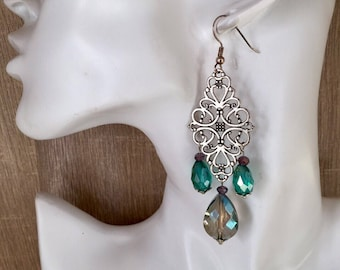 Gorgeous green long crystal drop earrings in emerald and silver wedding prom luxury edition