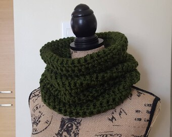Crochet Cowl Scarf, Chunky Cowl, Cowl Scarf, Women's Cowl, Modern Cowl, Chunky Neckwarmer, Fall Winter Accessories, Gift for her
