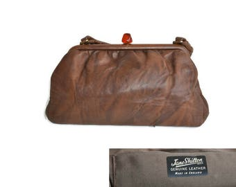 Vintage 1970's Brown Leather Handbag By Jane Shilton with Lucite Clasp // Soft Leather Bag