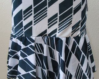 Geometric Pattern Gray and White color Skirt or tube dress plus made in U.S.A  (v59)