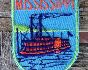 Mississippi Vintage Souvenir Travel Patch from Voyager