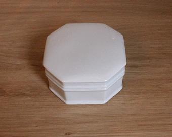 Box in Limoges porcelain white
