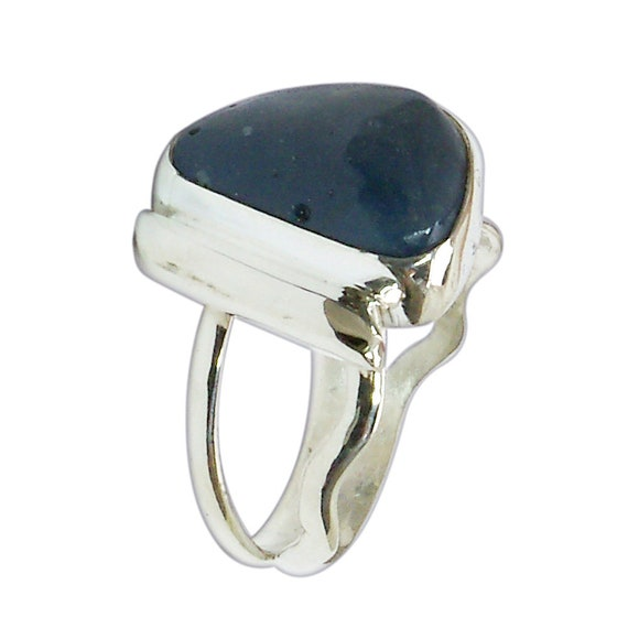 Leland Blue Stone and Sterling Silver Ring, Hand Crafted One of a kind, Size 6-1/4  r625lbsf3018