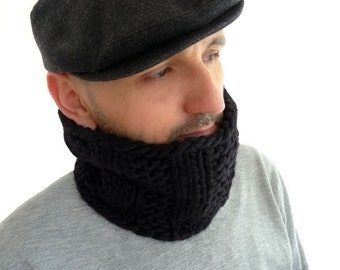 Peruvian Wool Chunky Knit Cowl / Snood / Neck Warmer. Men / Women. Coal Black. Urban Style. Fall / Winter.
