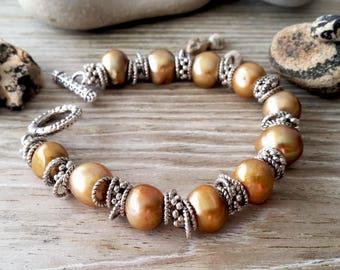 Real freshwater pearl bracelet, gold pearl bracelet, minimalist pearl bracelet, gift for her, gift for women, dainty bracelet, handmade