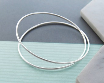 Solid Silver Bangle, Infinity Bangle, 925 Silver Bangle Bracelet, Simple Bracelet, Sterling Silver Bangle, Silver Bangle UK, Wire Bracelet
