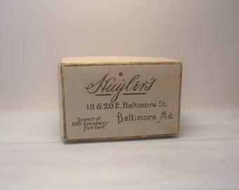 Baltimore Maryland Huyler's Chocolate Cocoa Box