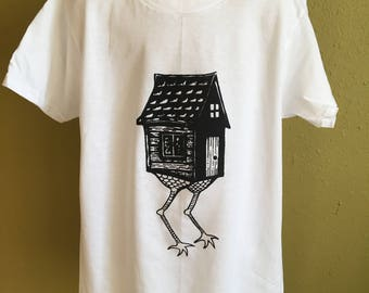 Baba Yaga Hut White Screen Printed Youth T-Shirt Size Medium (10/12)