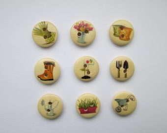 Garden 9 wooden buttons in set 15 mm Ø