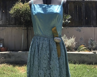 Vintage 1950s/60s TEAL BLUE & Lace Strappy Party Dress w/ Rose Embellishments XS/S