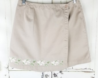 Vintage Paul Harris High Waist Kakhi Embroidered Skorts Women's Shorts Skorts//Women's size 6 8 28 29 waist