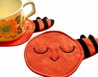 Bee Coasters, PAIR Of Busy Buzzy Bee Coasters, Fabric Coaster Set, Fabric Coasters, Washable Coasters, Bee Placemats, ORANGE coasters