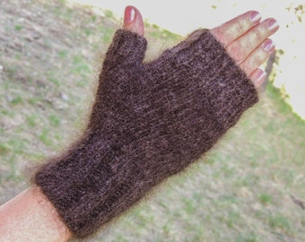 Chiengora fingerless gloves – wrist length