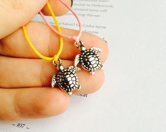 Turtle wish bracelet, friendship bracelets, gift for a friend, string bracelet, cord bracelet, Charm bracelets