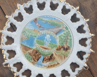 Yellowstone National Park Souvenir Plate, Vintage Souvenir, Yellowstone, Park, Porcelain Wall Decor