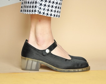 90s BLACK satin mary janes PREPPY mary janes GRUNGE mary janes chunky mary janes hippie mary janes / Size 8 us / 5.5 uk / 38.5 eu