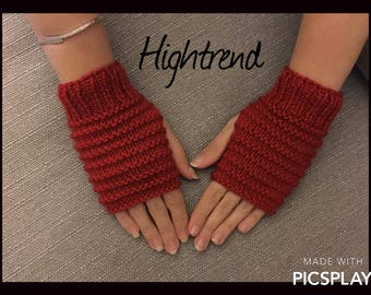 Fingerless mitts hand knitted