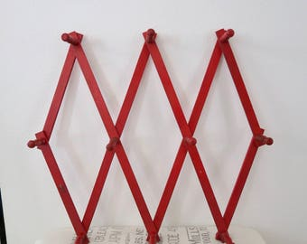 Vintage Red Wooden Accordion Expandable 10 Peg Wall Hanging Hat Coat Rack